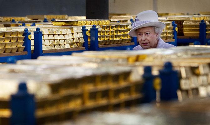 Королевский жест: Англия вернула Польше золото  - около 100 тонн, а Украина наштампует 5 гривневых монет