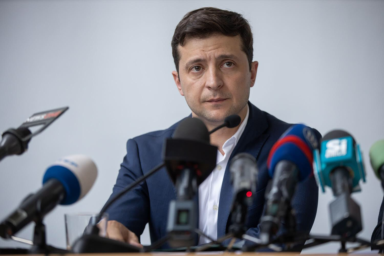 Владимир Зеленский выразил соболезнования в связи со взрывами в Бейруте