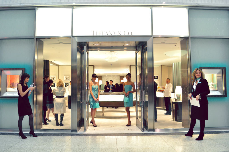 Роскошная сделка: Louis Vuitton покупает бренд Tiffany&Co за 16 миллиард...