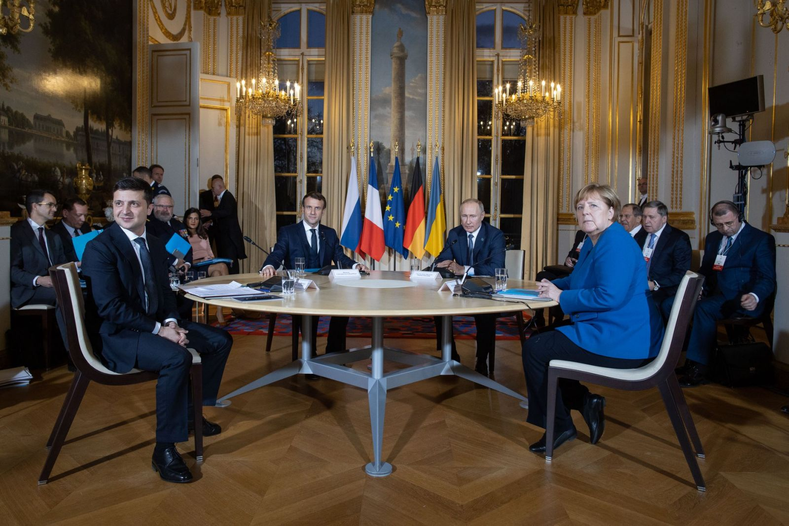 Все идет очень правильно: Аваков о переговорах четверки в Париже