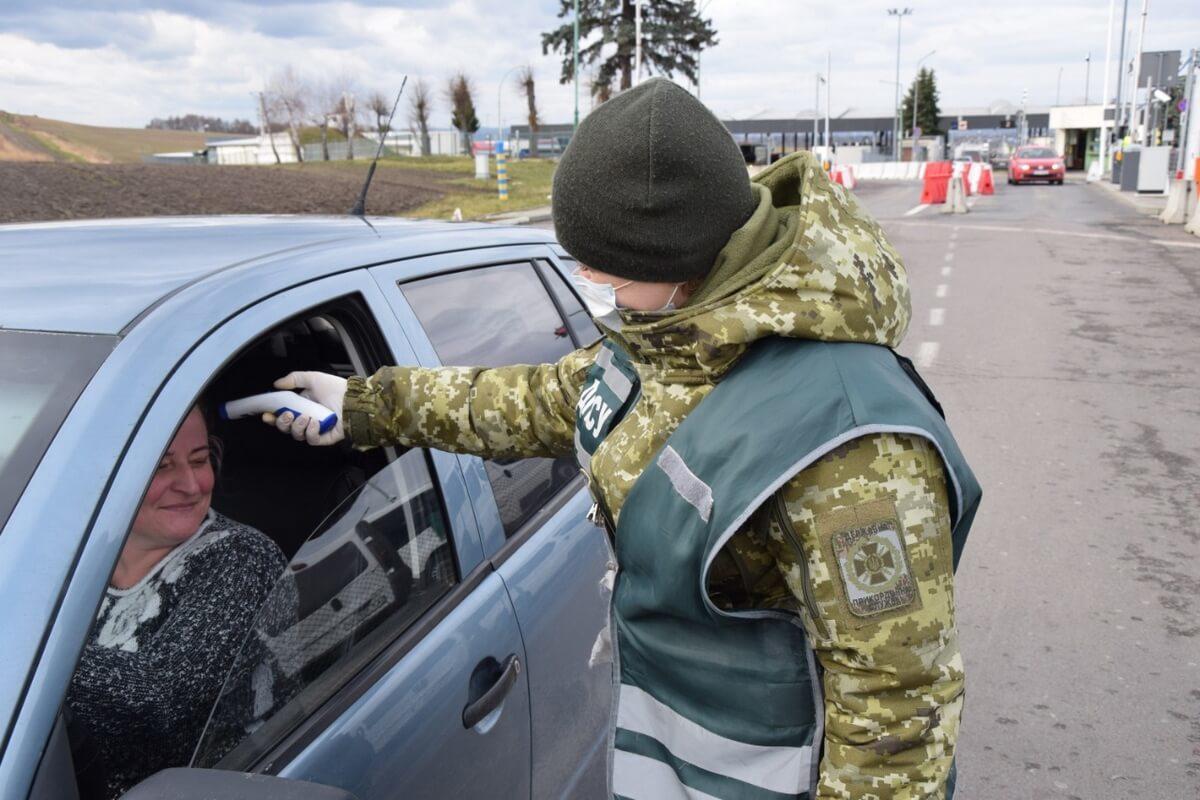 Ситуация с коронавирусом в регионах Украины улучшается, – СНБО