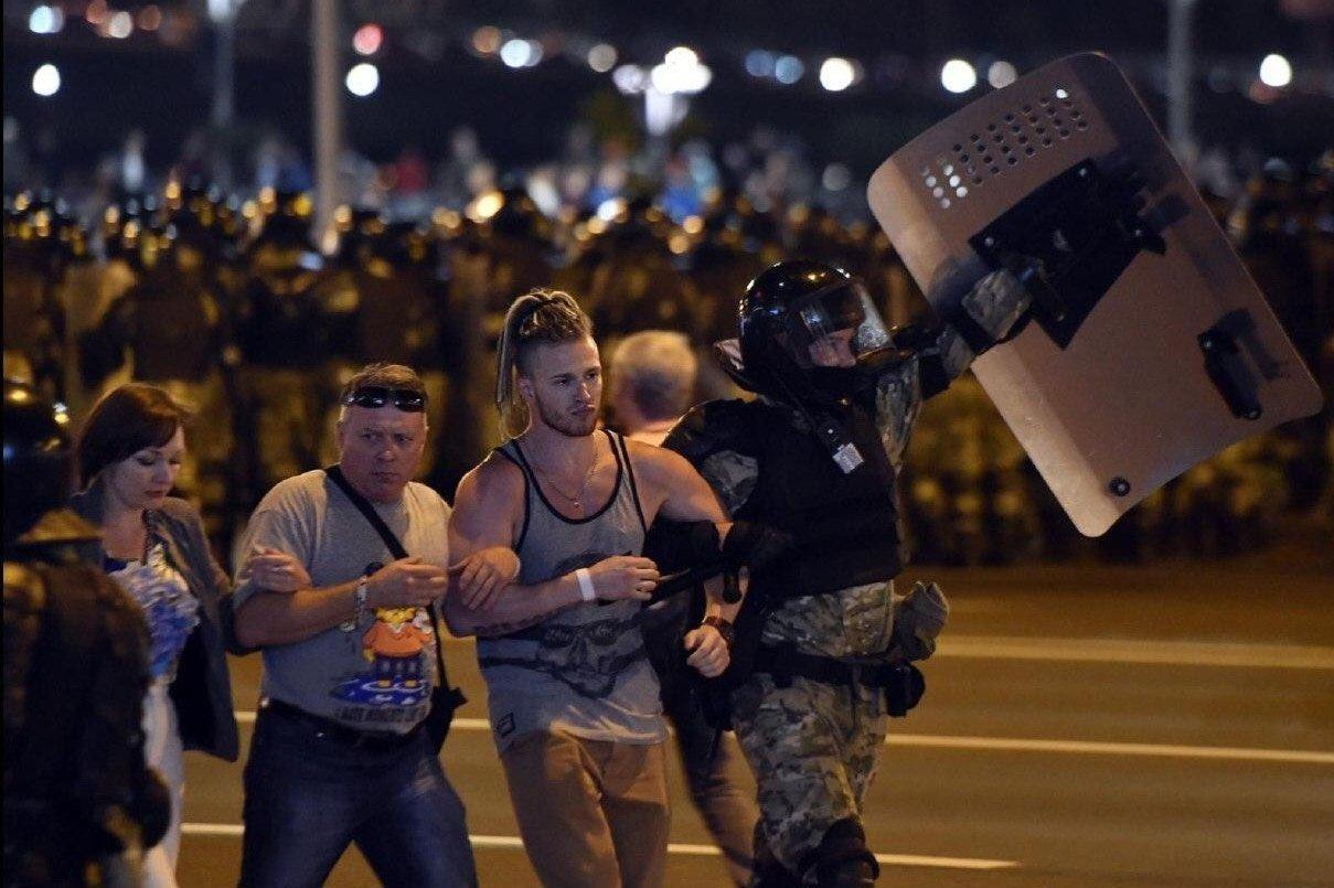 В Беларуси перед новыми акциями протеста отключили мобильный интернет, –...