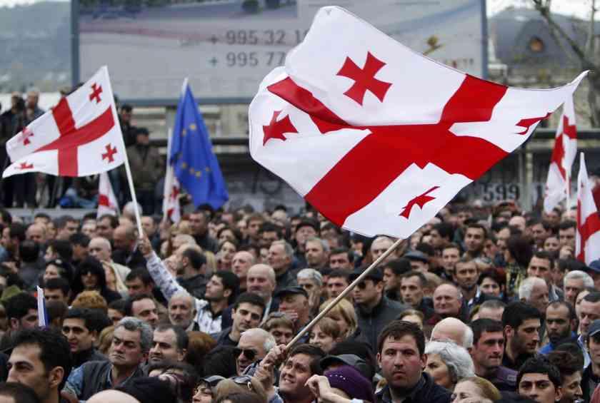 В ходе разгона митинга оппозиции в Тбилиси пострадали 240 человек