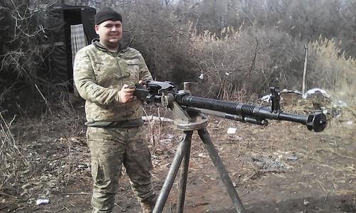 Солдат, спасавший раненого офицера на Донбассе, стал Героем Украины посм...