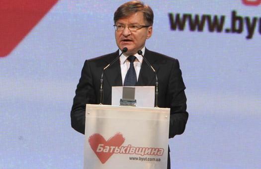 Немыря: Янукович, который обещал «услышать каждого», избавляется от конк...