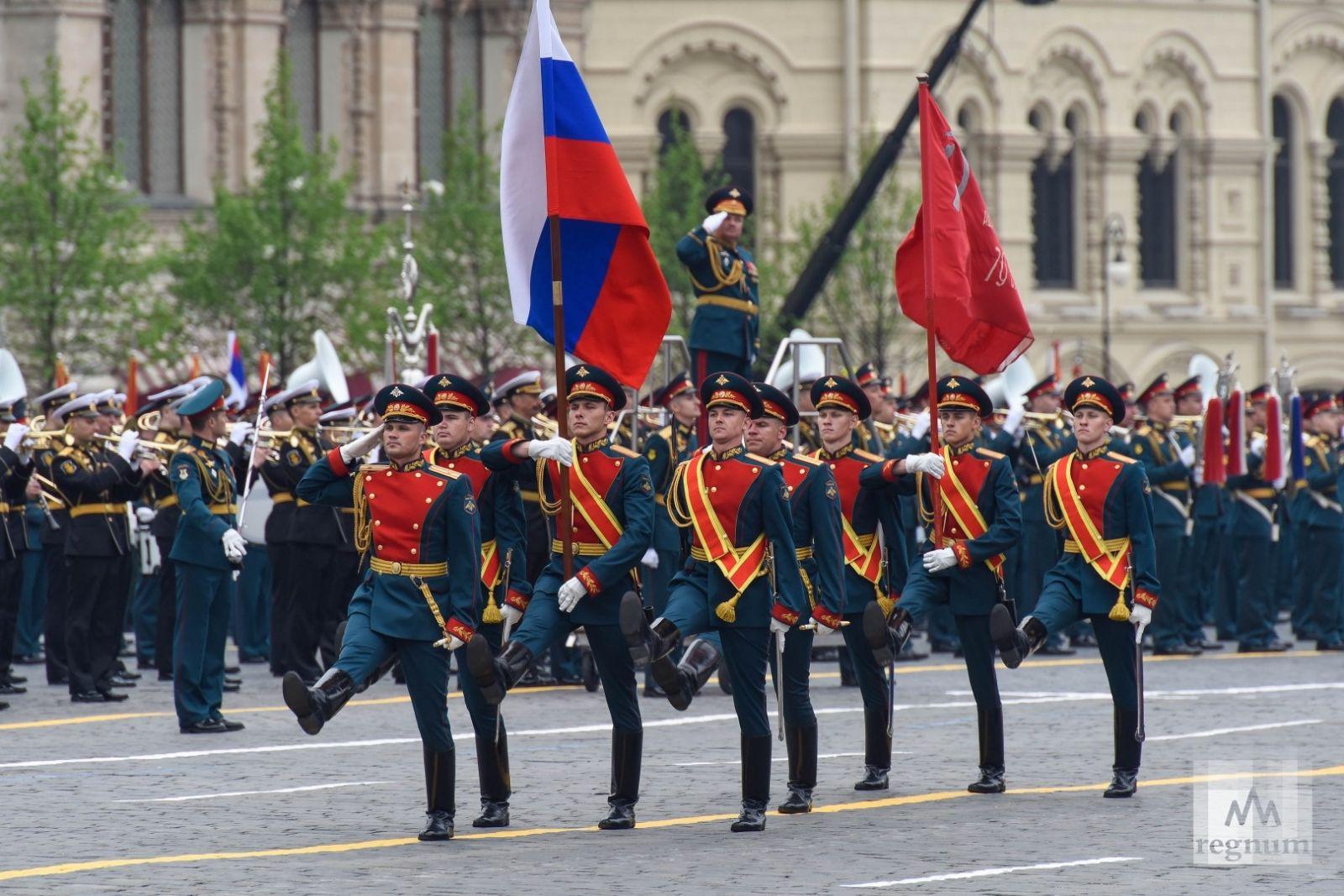 В Москве прошел парад победы в разгар эпидемии коронавируса
