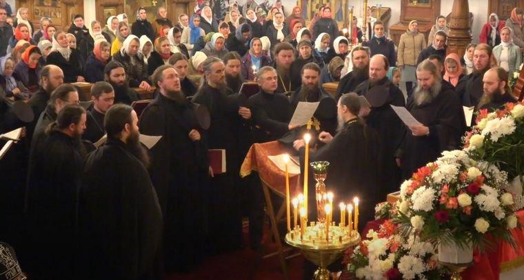 Полиция расследует нарушение карантина в Святогорской лавре