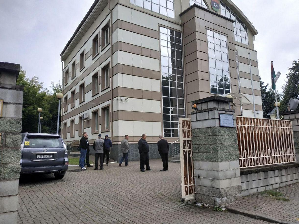 В Беларуси неизвестные пытались взять штурмом посольство Ливии