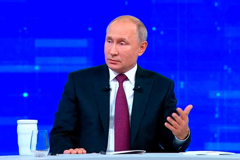 Путин решил защитить граждан РФ и запретил полеты в Грузию
