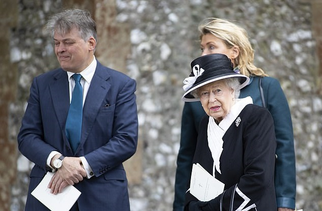 Королева Елизавета II похоронила близкую подругу
