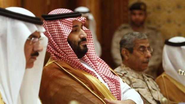 Сестру наследного принца Саудовской Аравии будут судить за избиение рабо...