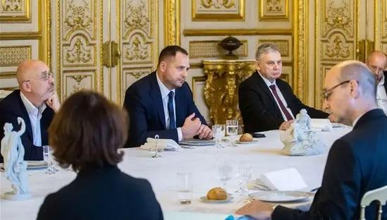 Резников и Ермак назвали главное достижение переговоров в Берлине
