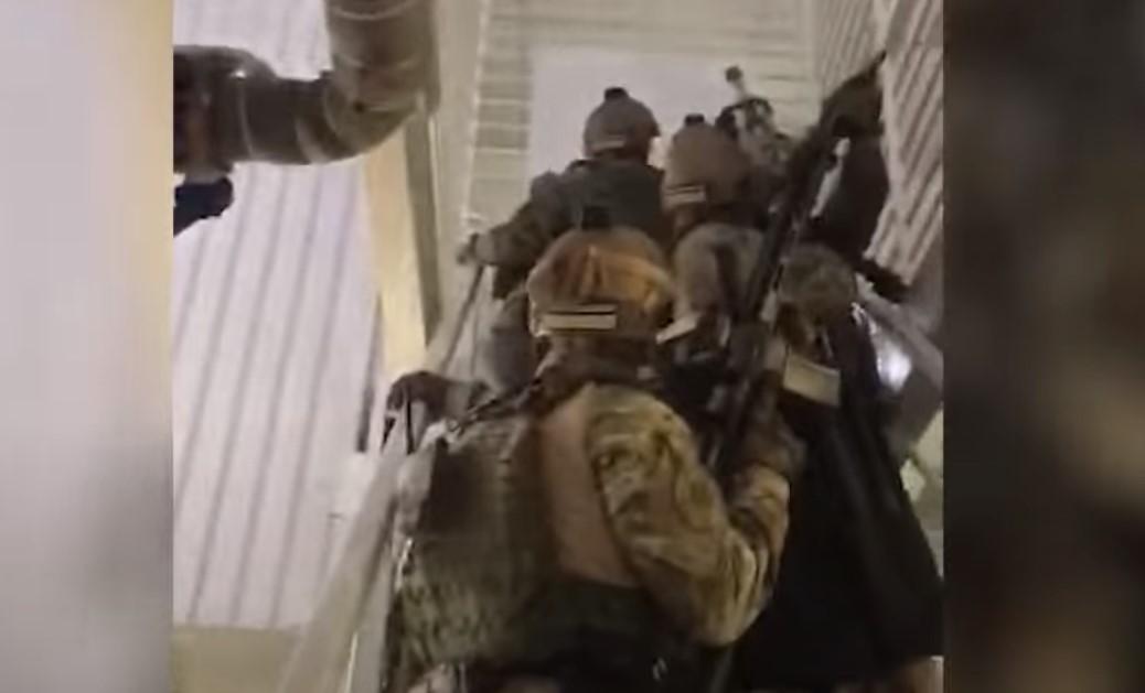 МВД показало, как КОРД задерживал подозреваемых в перестрелке в Броварах