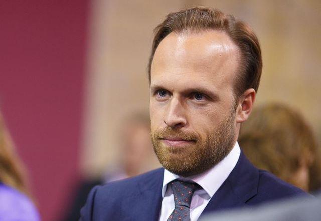 Администрация президента опровергает увольнение Филатова