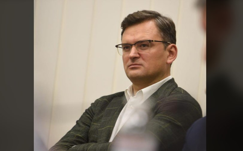 Мыслями на передовой. Кулеба обсудит обострение на Донбассе с коллегами...