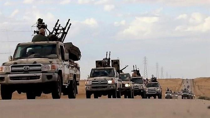 Ливийский кризис: ООН заявляет о тысячах спасающихся от столкновений