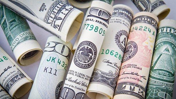 Украинцы стали активнее выводить валюту за рубеж, – НБУ