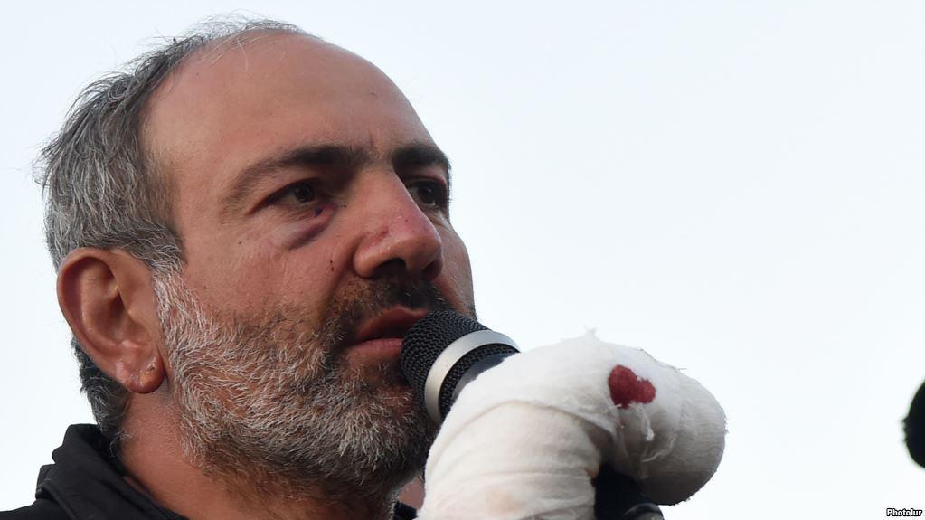 Лидера протестов в Армении выпустили из СИЗО