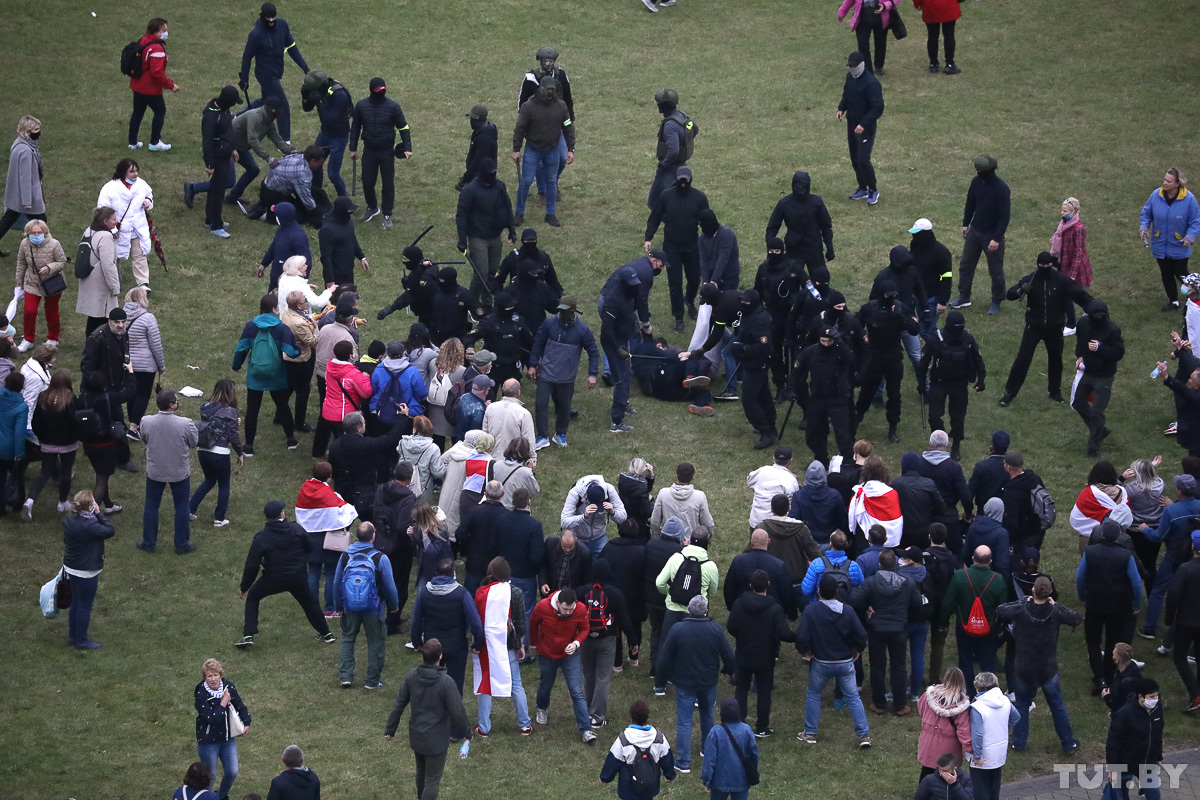 В Беларуси на вчерашних акциях протеста задержали почти 600 человек
