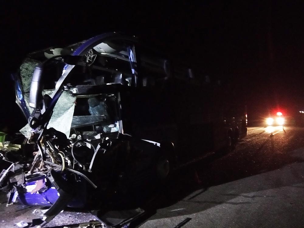 На трассе Киев-Одесса в результате ДТП с автобусом пострадали 18 человек