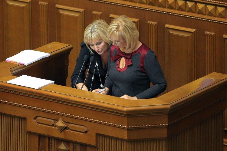 Депутат на правах человека. Какими полномочиями парламент наделил Людмил...