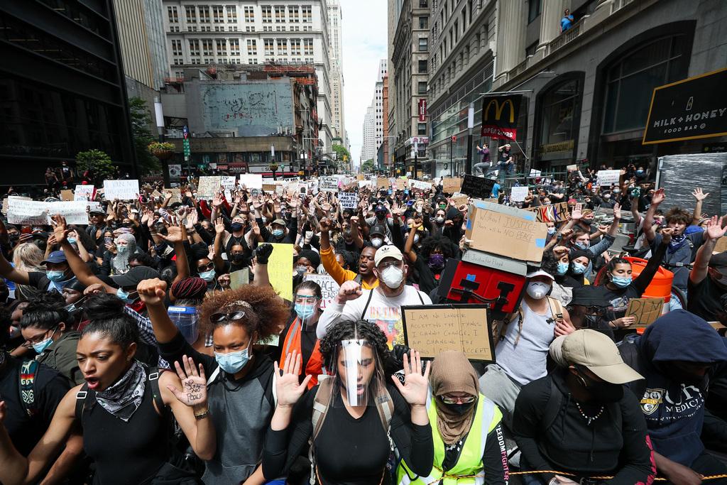 Майдан по-американски. Почему протесты в США не утихают