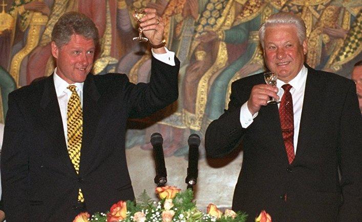 В США рассекретили, что говорил Ельцин Клинтону о Путине в 1999 году