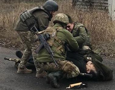Украина в ТКГ: Россия должна вывести боевиков с Донбасса для начала поли...