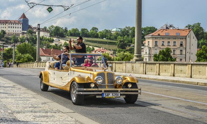В Праге запретят популярное среди туристов развлечение