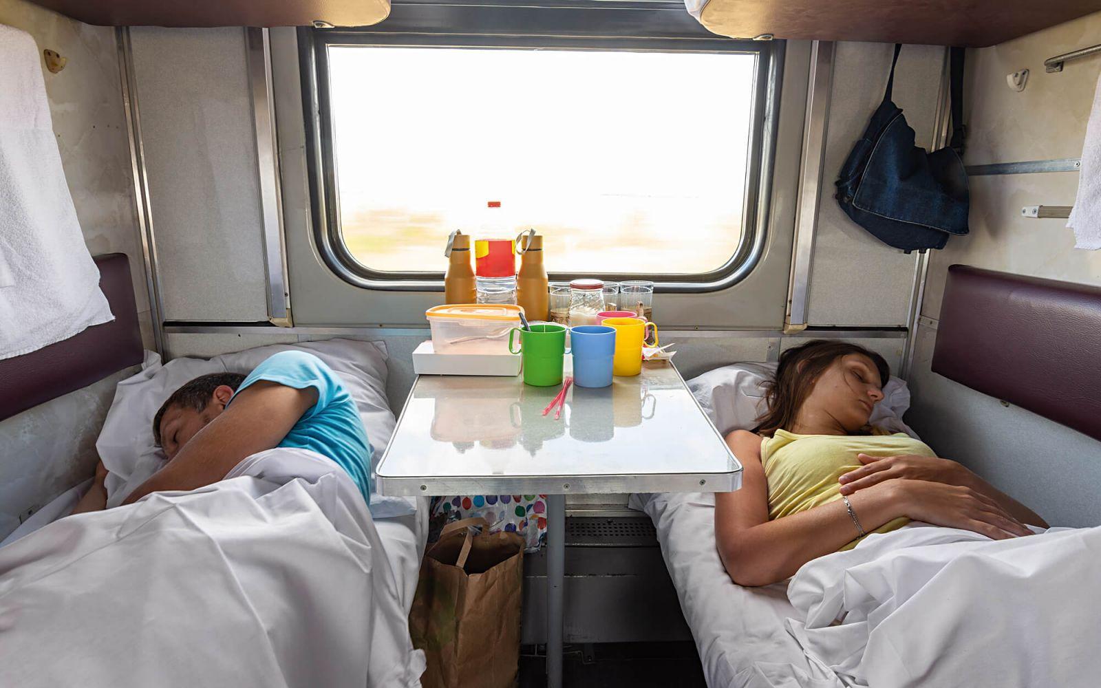 """Замкнутое пространство. Почему в украинских поездах всееще нет """"женских..."""