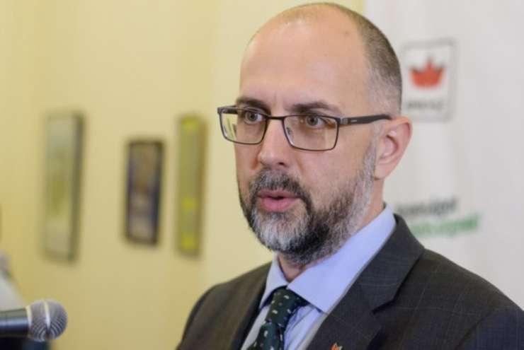Лидер венгров Румынии обвинил украинского посла во лжи