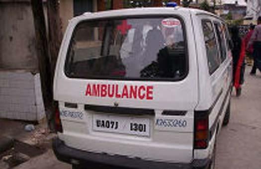 Заробитчане передали из Бельгии машину скорой помощи