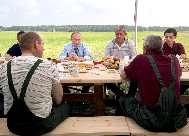 Путин вряд ли купит украинскую землю, – мнение