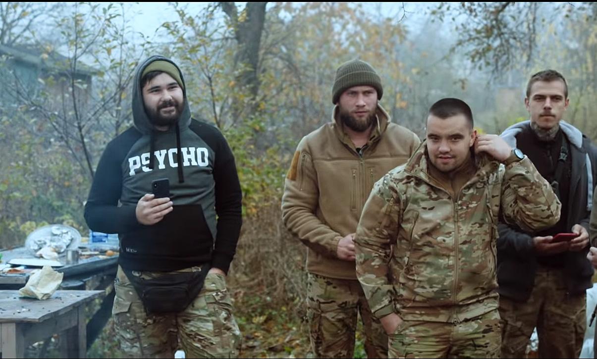 Активисты Нацкорпуса в Золотом назвали отвод войск преступлением