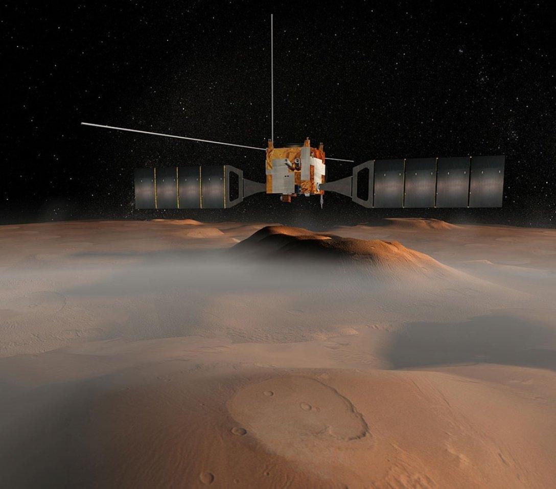 На Марсі знайшли рідку воду?