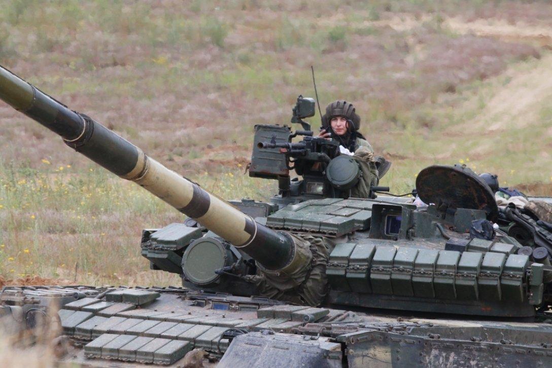 танкисты на учениях