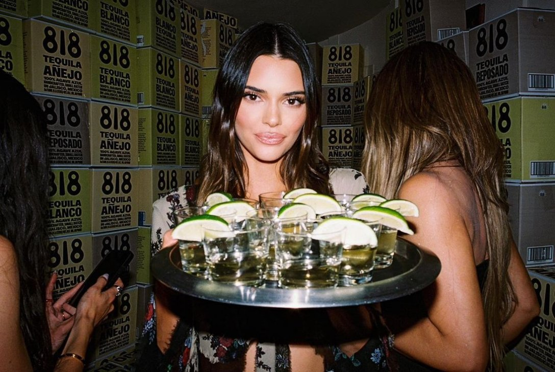 Kendall Jenner, tequila