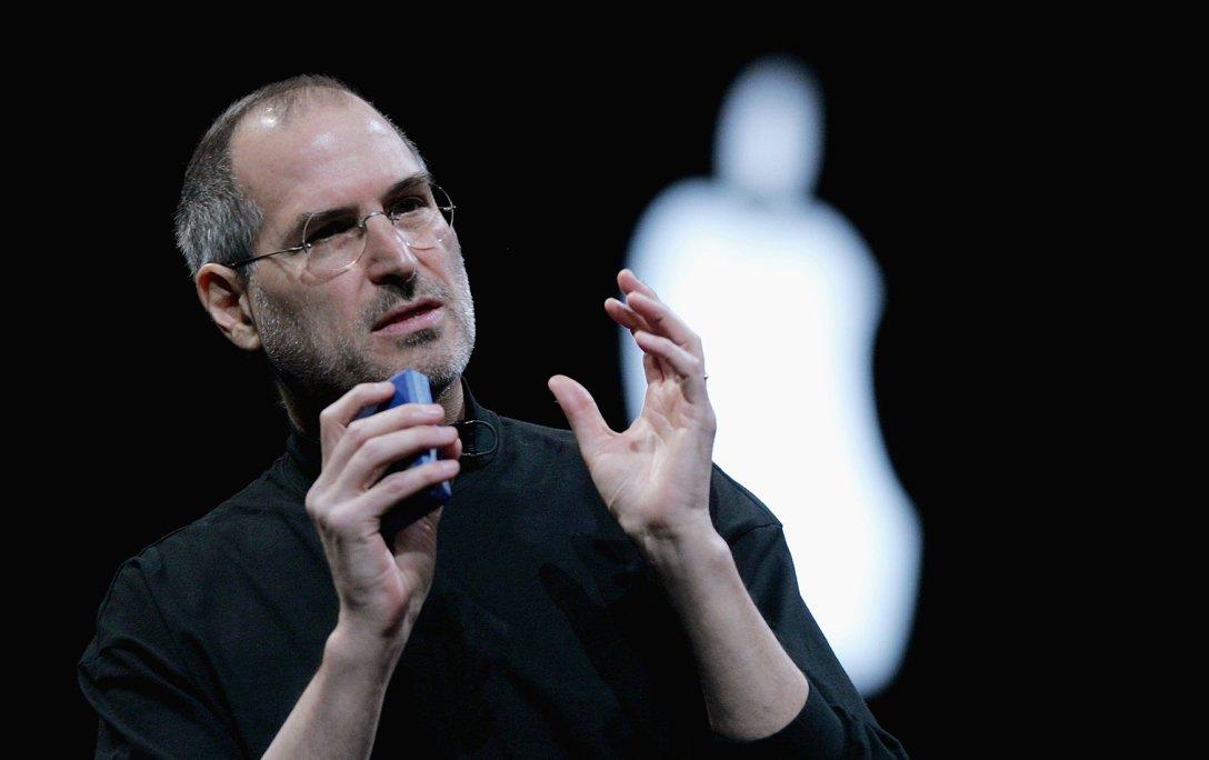 Стив Джобс, джинсы стива джобса, водолазки стива джобса