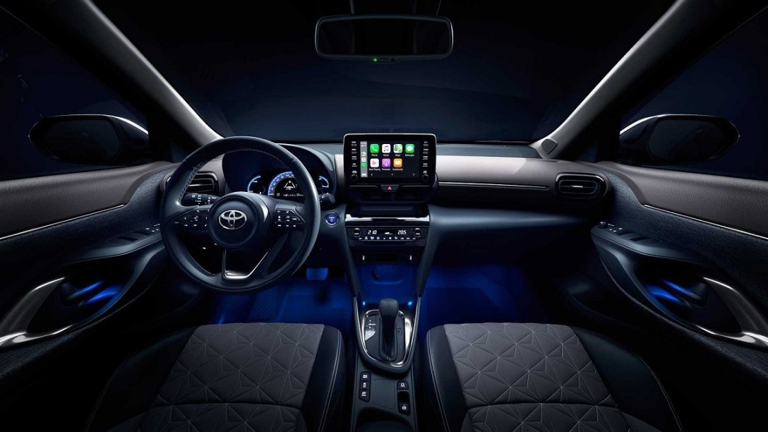 Новый Toyota Yaris Cross, интереьер