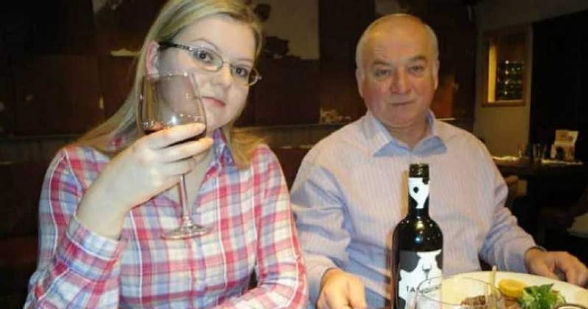 Советник-посланник посольства России прибыл в МИД Британии в связи с делом Скрипалей