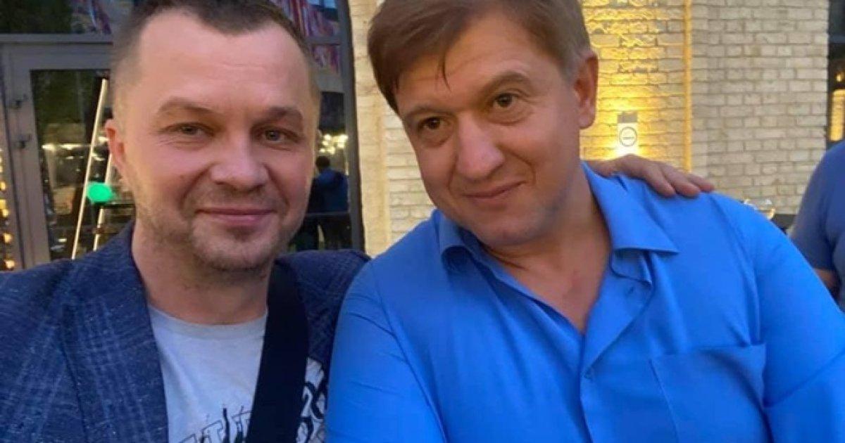 Советник главы офиса Зеленского получил по лицу на дне рождения
