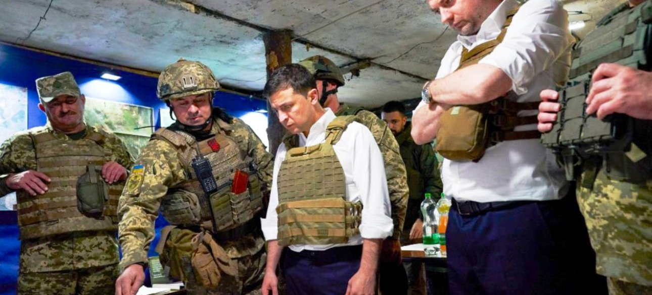 Нарада президента Зеленського з українськими військовими
