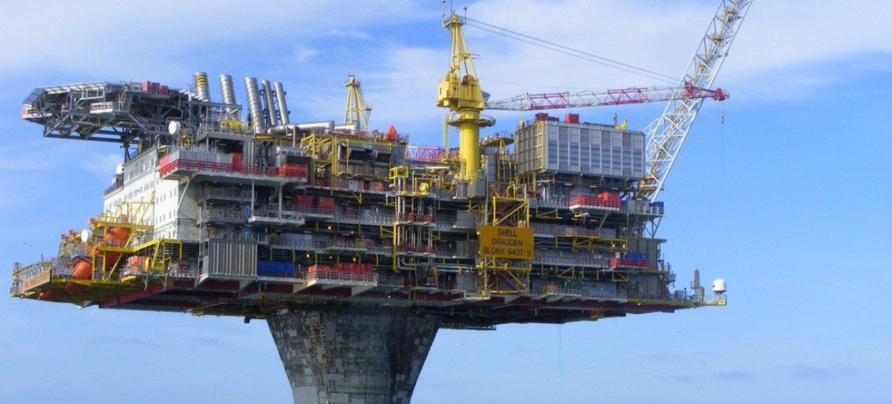 нефтяная вышка, нефтяная экономика, экономика рф