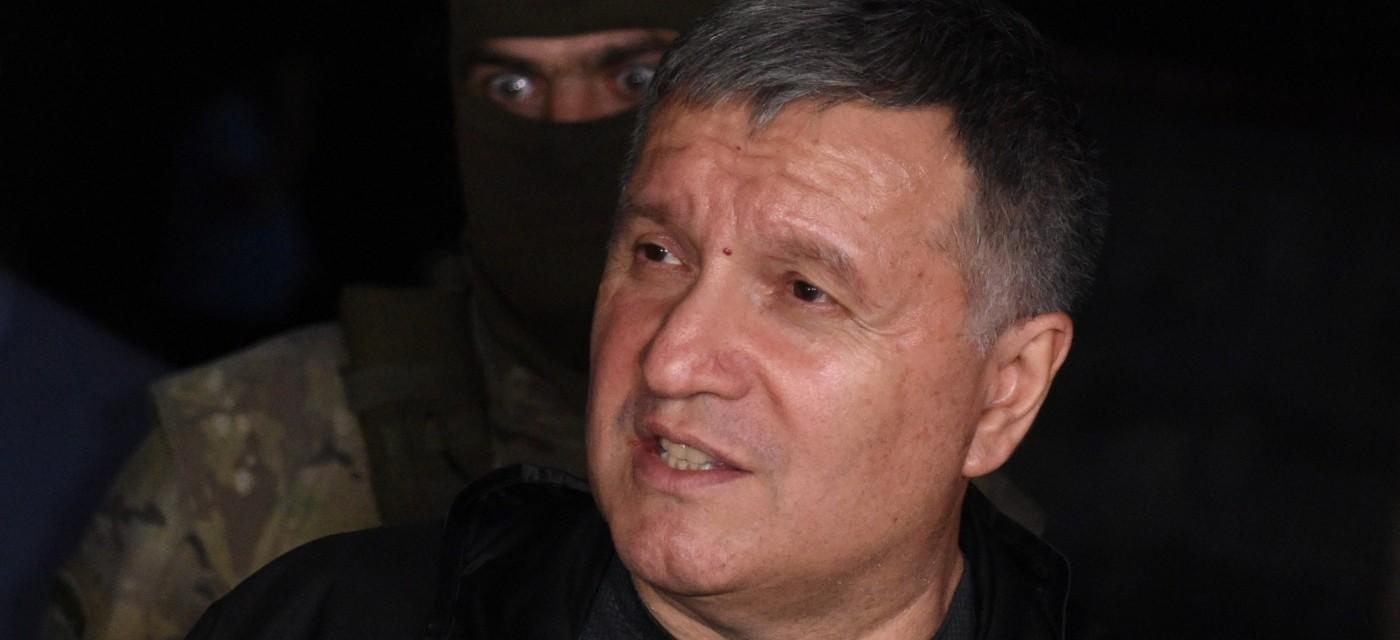 Арсен Аваков спілкується з журналістами