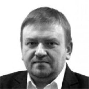 Денис Семёнов