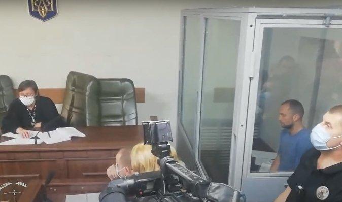 Голосеевский стрелок рассказал, почему выстрелил и устроил пожар в квартире (видео)