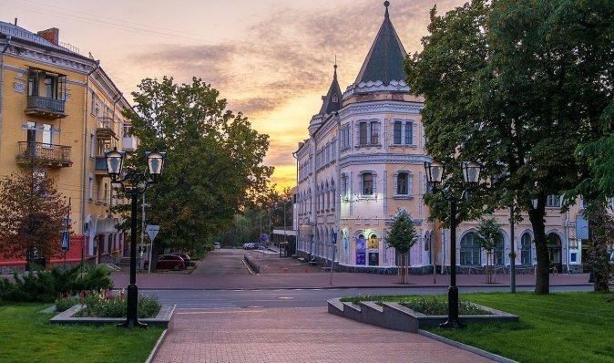 Скромное обаяние провинциалов. Почему Чернигов чище Киева, а дороги там лучше?