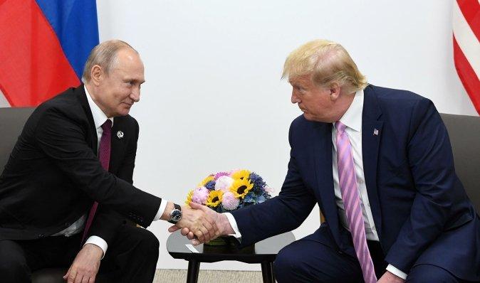 """Путин поддержал """"неуравновешенного"""" Трампа на выборах для ослабления США, - The Guardian"""