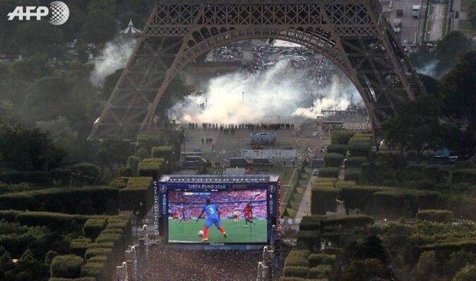 Болельщики сборной Франции устроили беспорядки на финале Евро-2016 в Париже