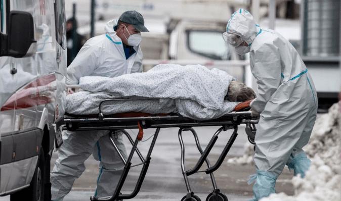Третя хвиля коронавірусу: в Україні зайняті менше 40% ліжок для COVID-пацієнтів